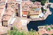 Riva del Garda főtér Olaszország