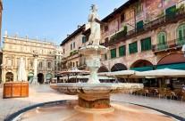 Városközpont Arco Garda tó Olaszország