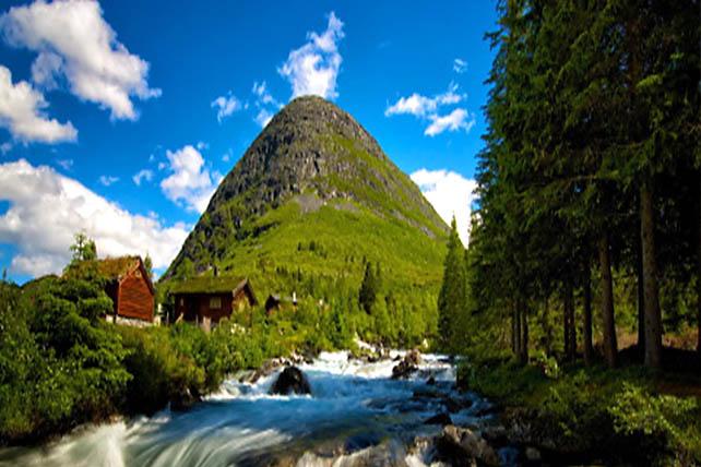 Szent Olaf útja hegyi patak