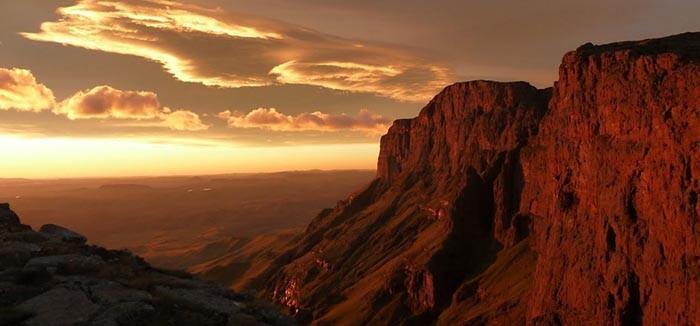 North-Drakensberg-Traverse-Del-Afrika-legszebb-gyalogos-osveny